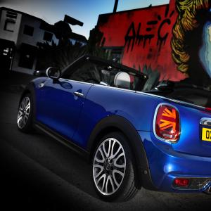 1519131429p90289403-highres-mini-cooper-s-conver.jpg